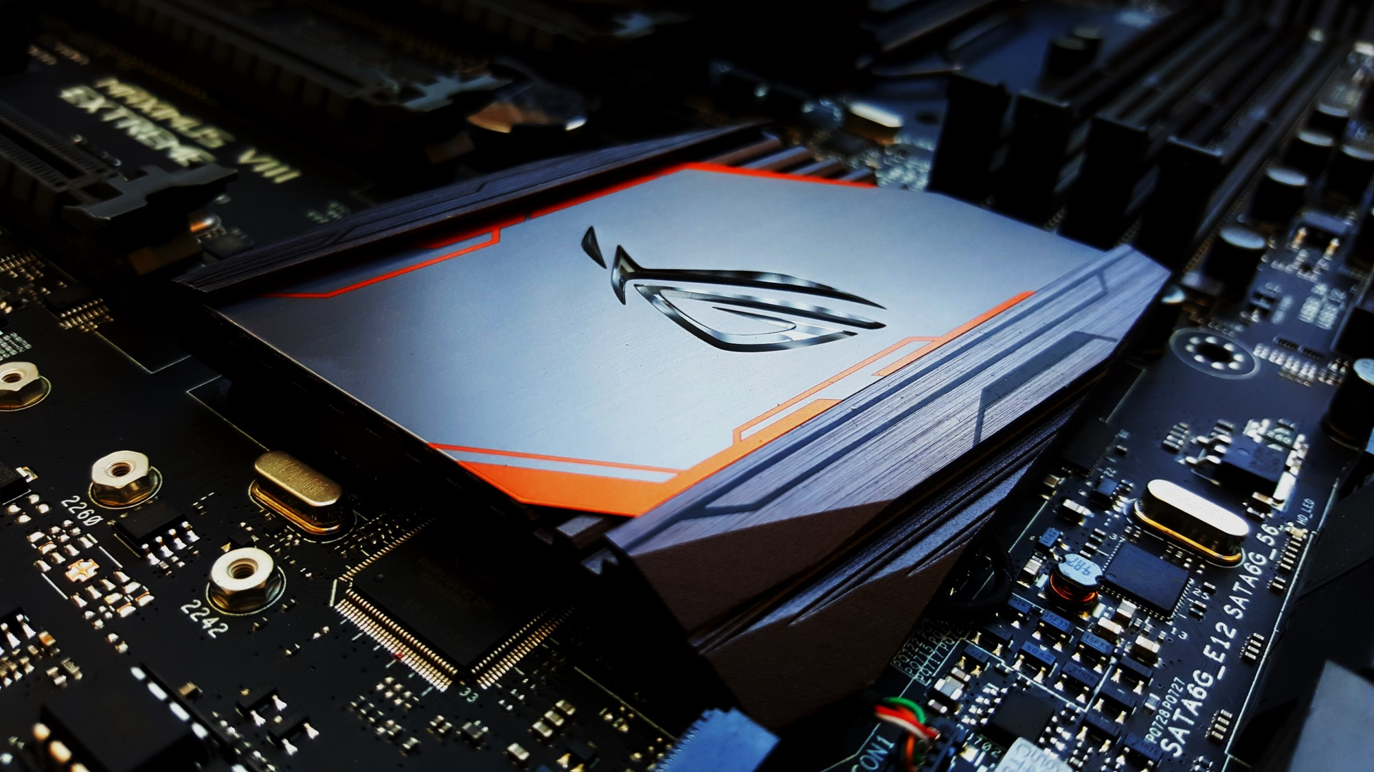 15-Asus Z170 Maximus VIII Extreme Assembly