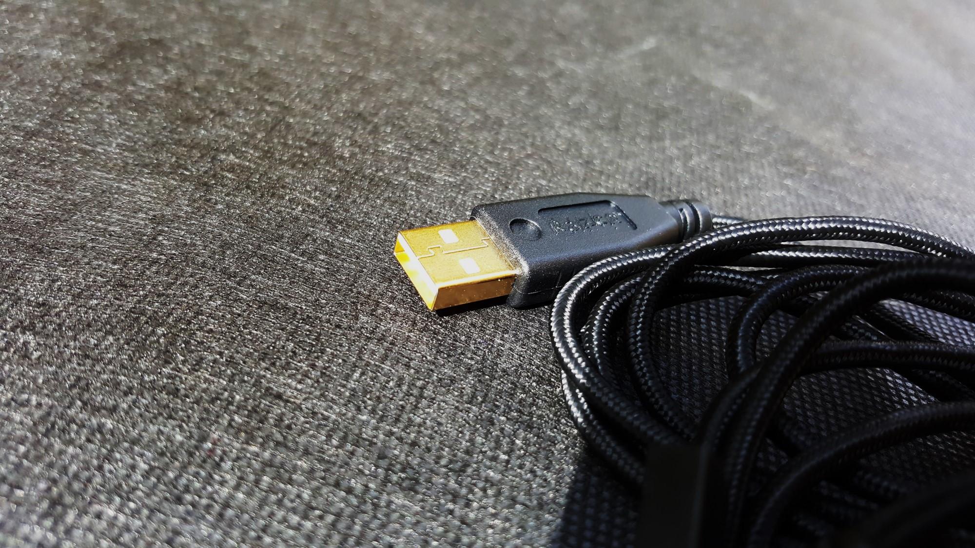 19-Razer Mamba Chroma USB Cable