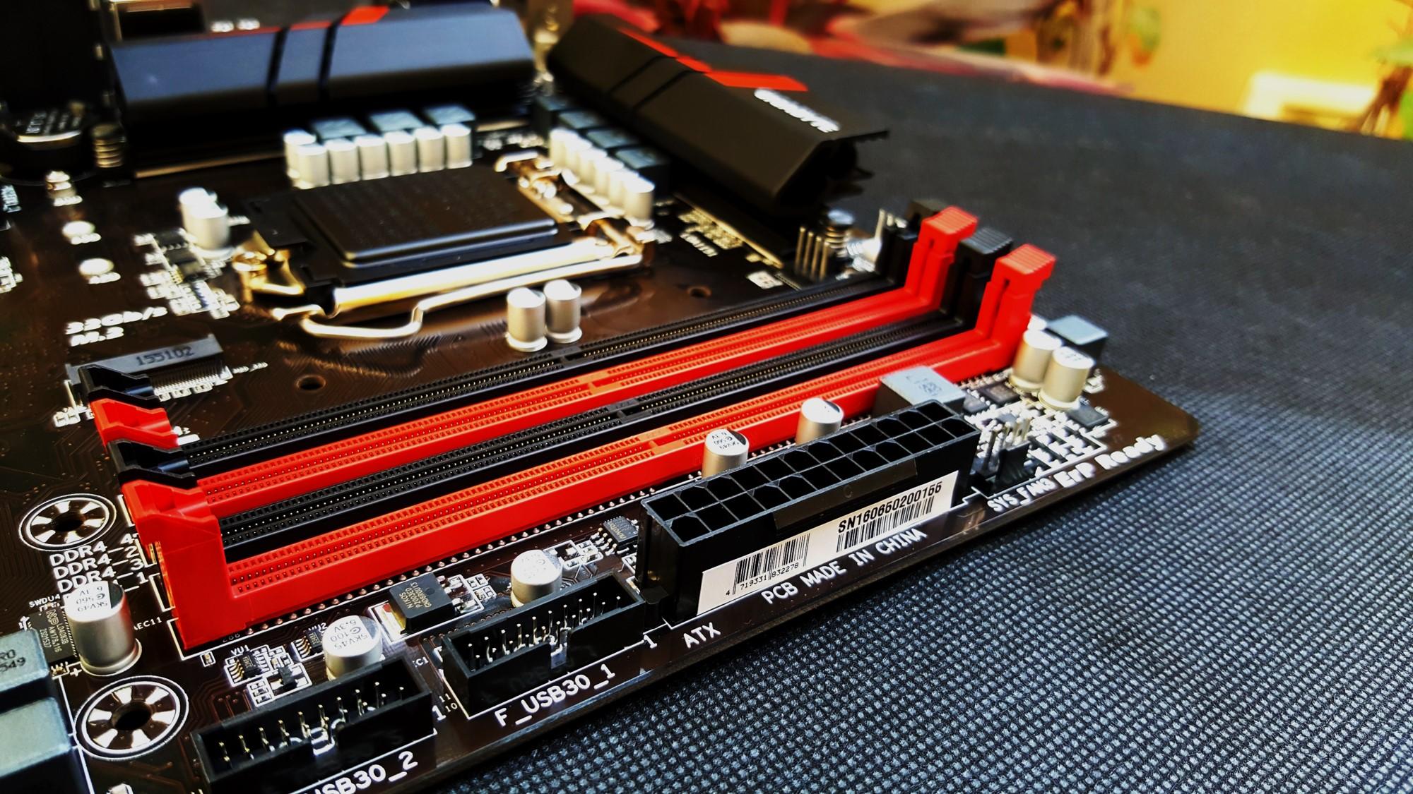 10-Gigabyte H170-Gaming 3 Ram Sockets