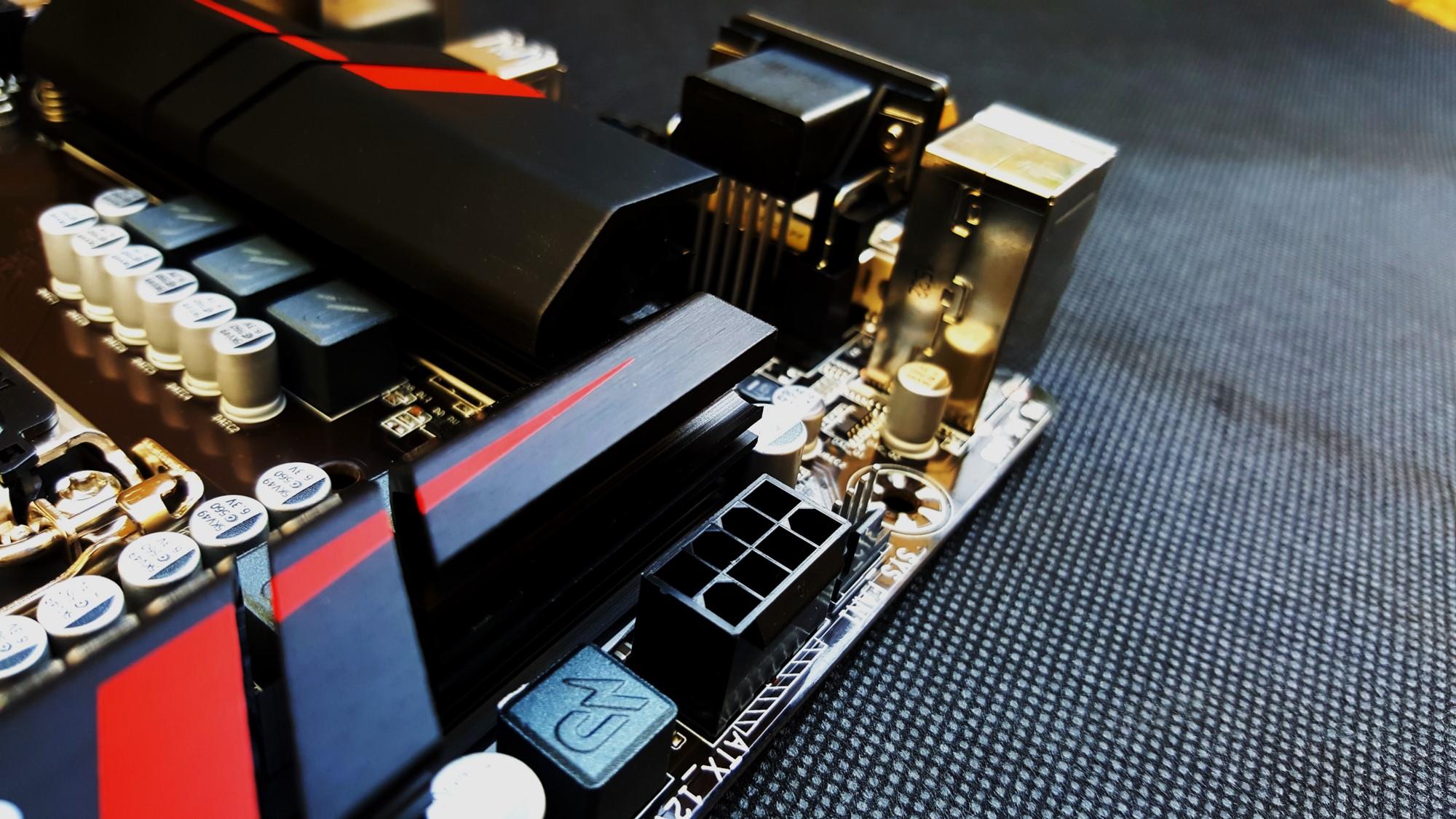 18-Gigabyte H170-Gaming 3 8 PIN
