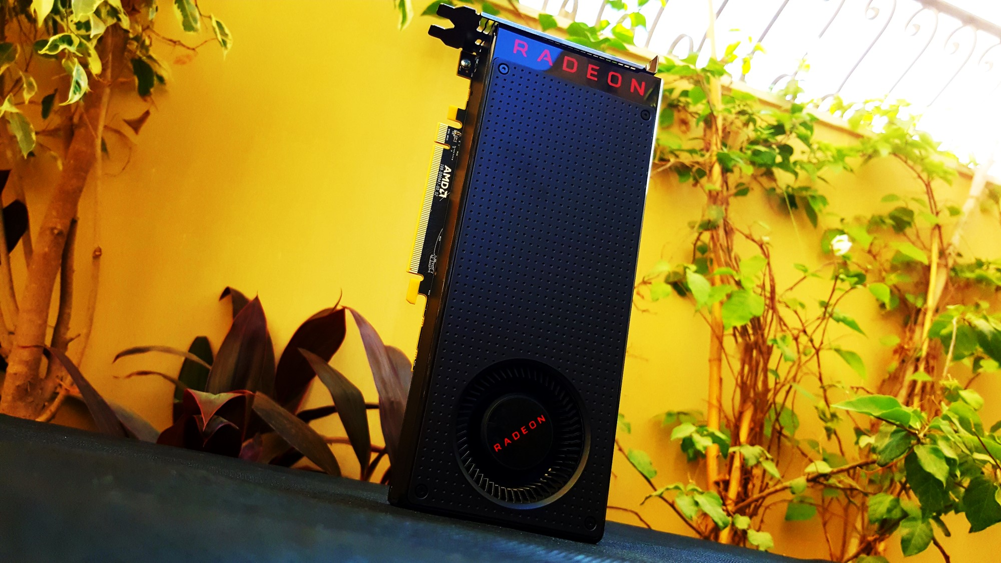 10-AMD Radeon RX 480