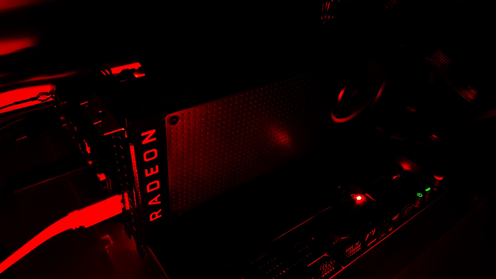 11-AMD Radeon RX 480