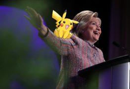 هيلاري كلينتون تروج لحملتها الإنتخابية عبر التجمع للعب Pokémon Go