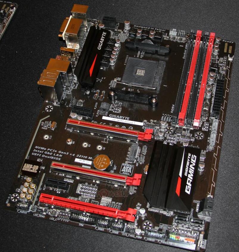 اللوحة الثانية AB350-Gaming 3