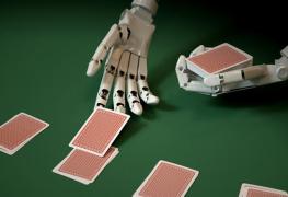الذكاء الاصطناعي من انفيديا يتفوق على لاعب بوكر محترف!