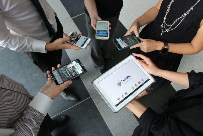 الإنترنت اللاسلكي و Wi-Fi Direct