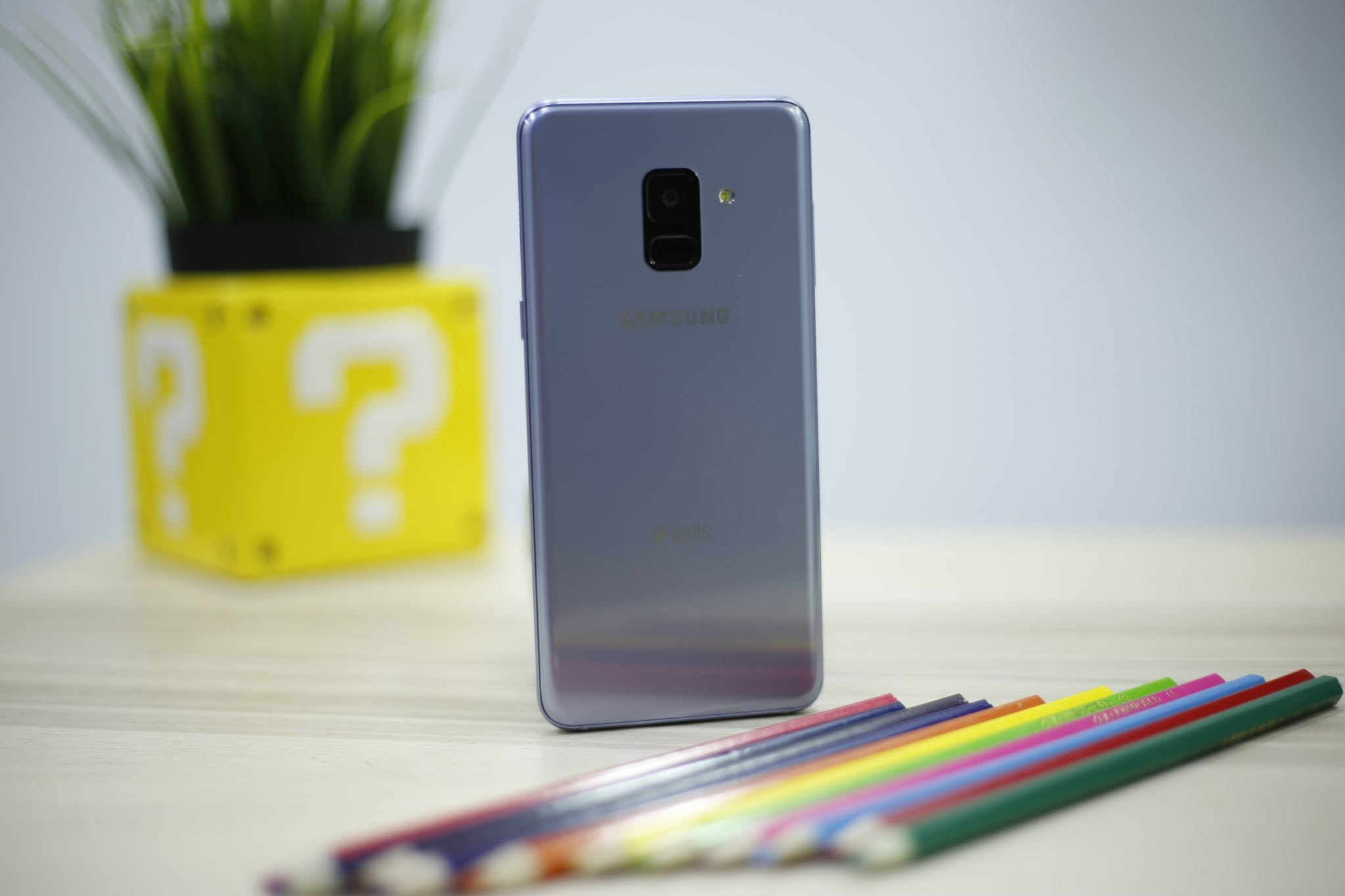 Samsung Galaxy A8 Phone (2)