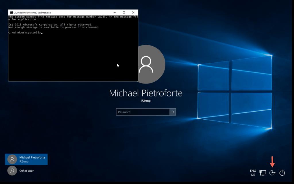 شاشة login بها Command Prompt!