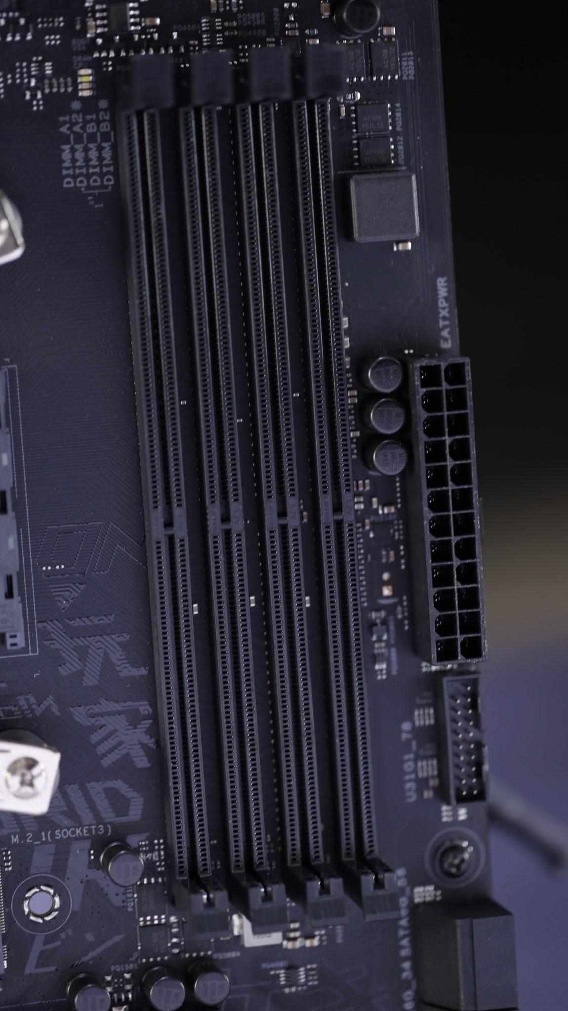 ASUS Strix B450-F Gaming (15)