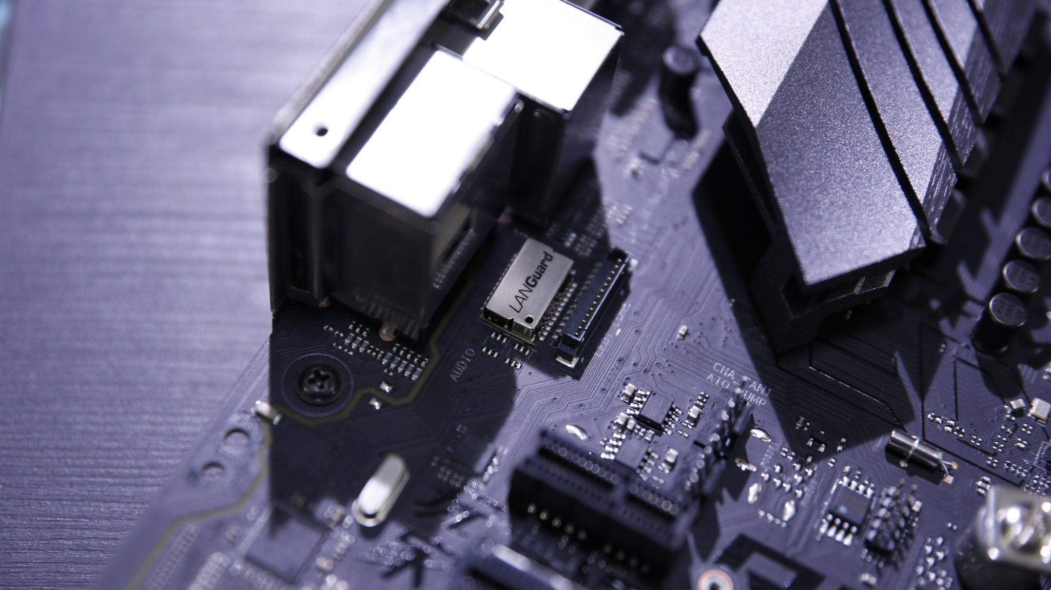ASUS Strix B450-F Gaming (37)