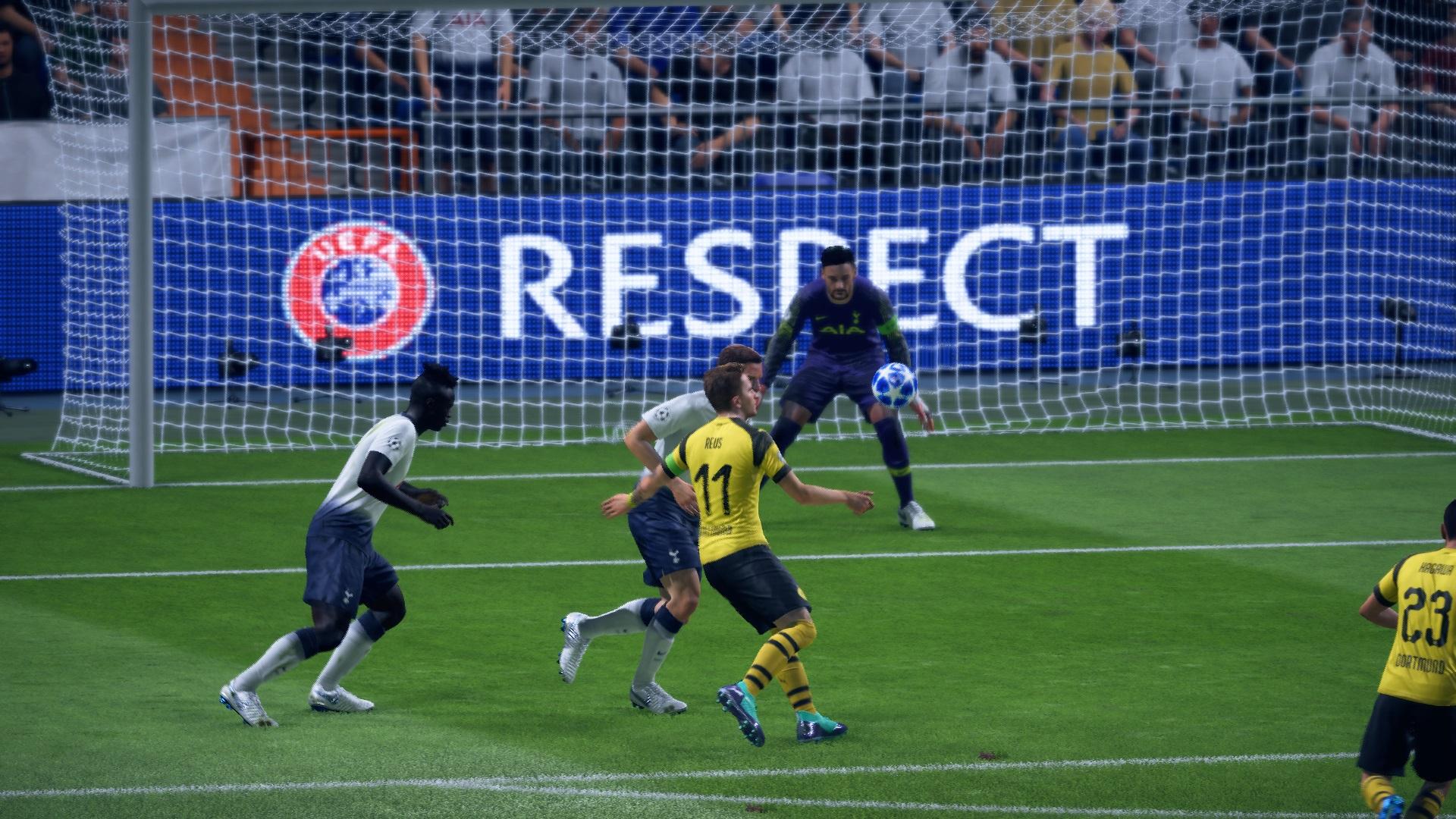 FIFA 19 Demo Volley