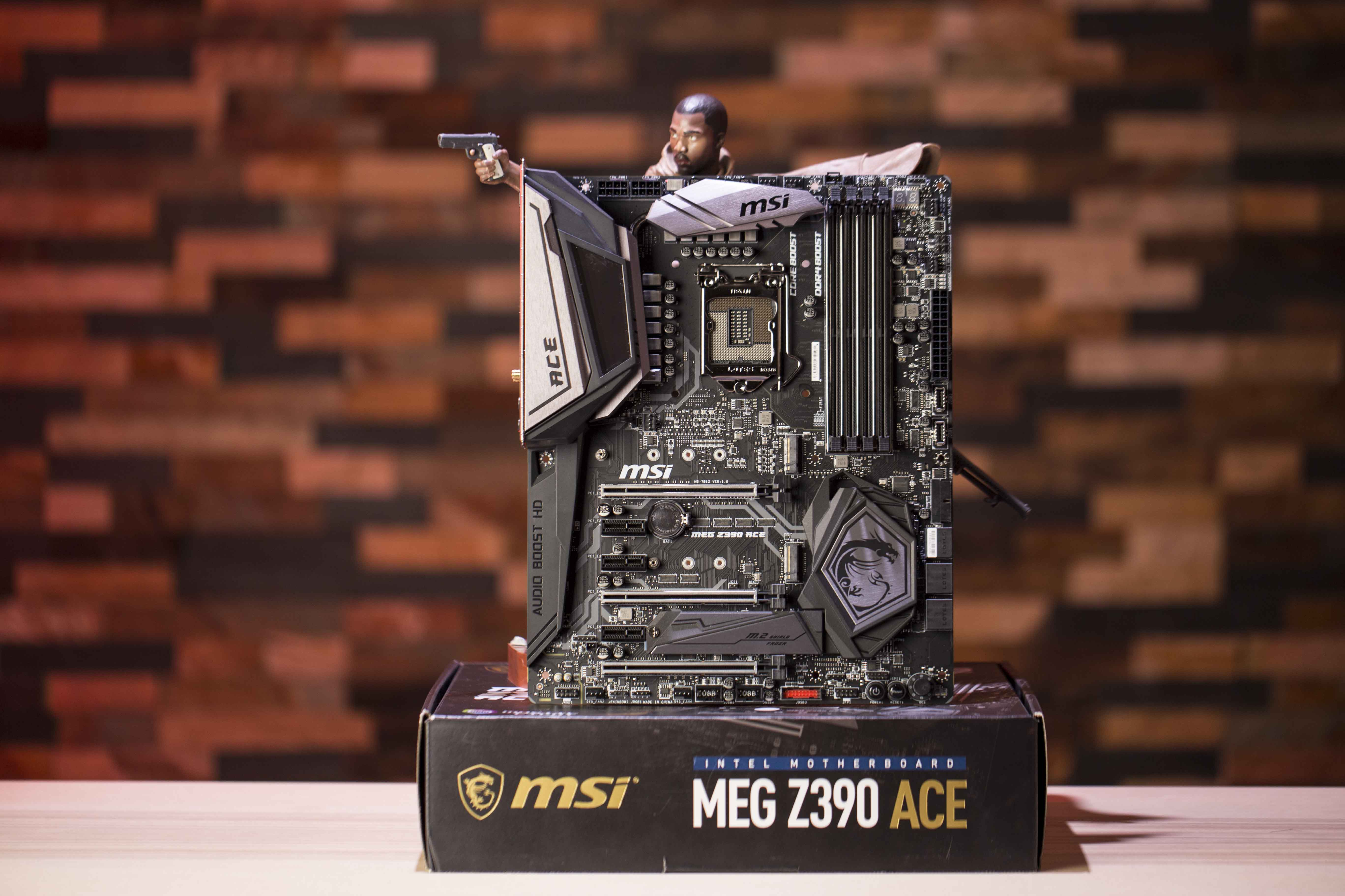 MSI MEG  Intel Z390