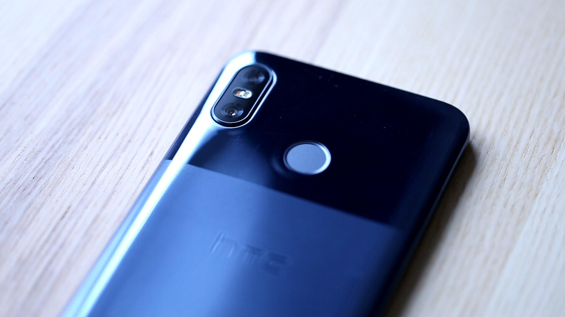 HTC U12 Life (3)