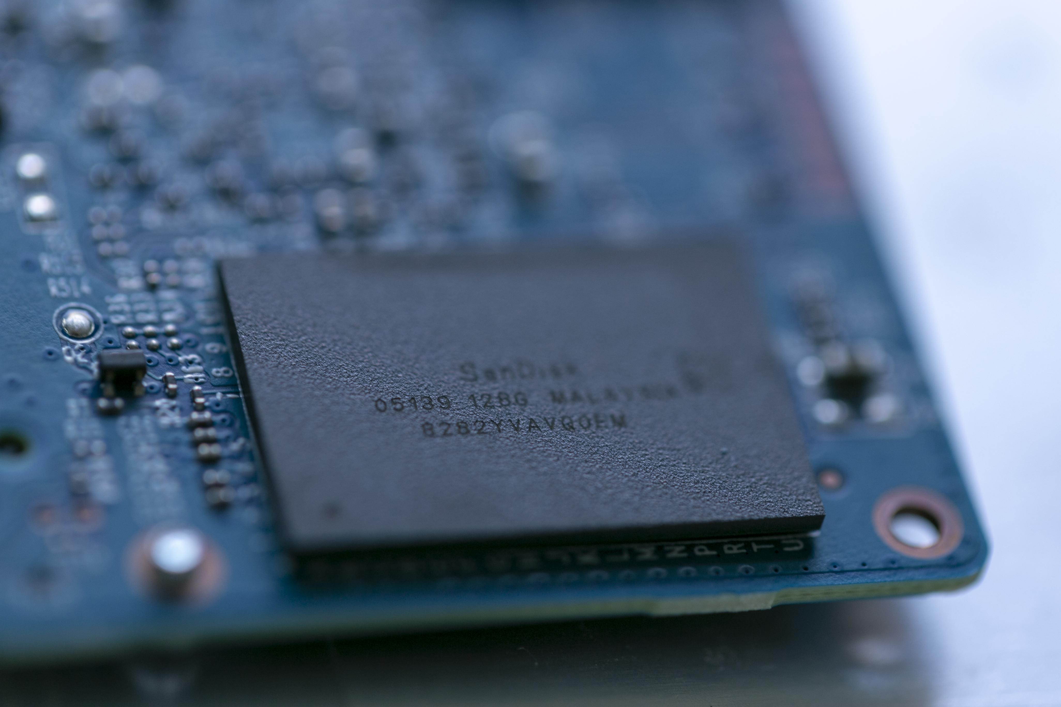 Western Digital WD Blue 500GB SSD (14)