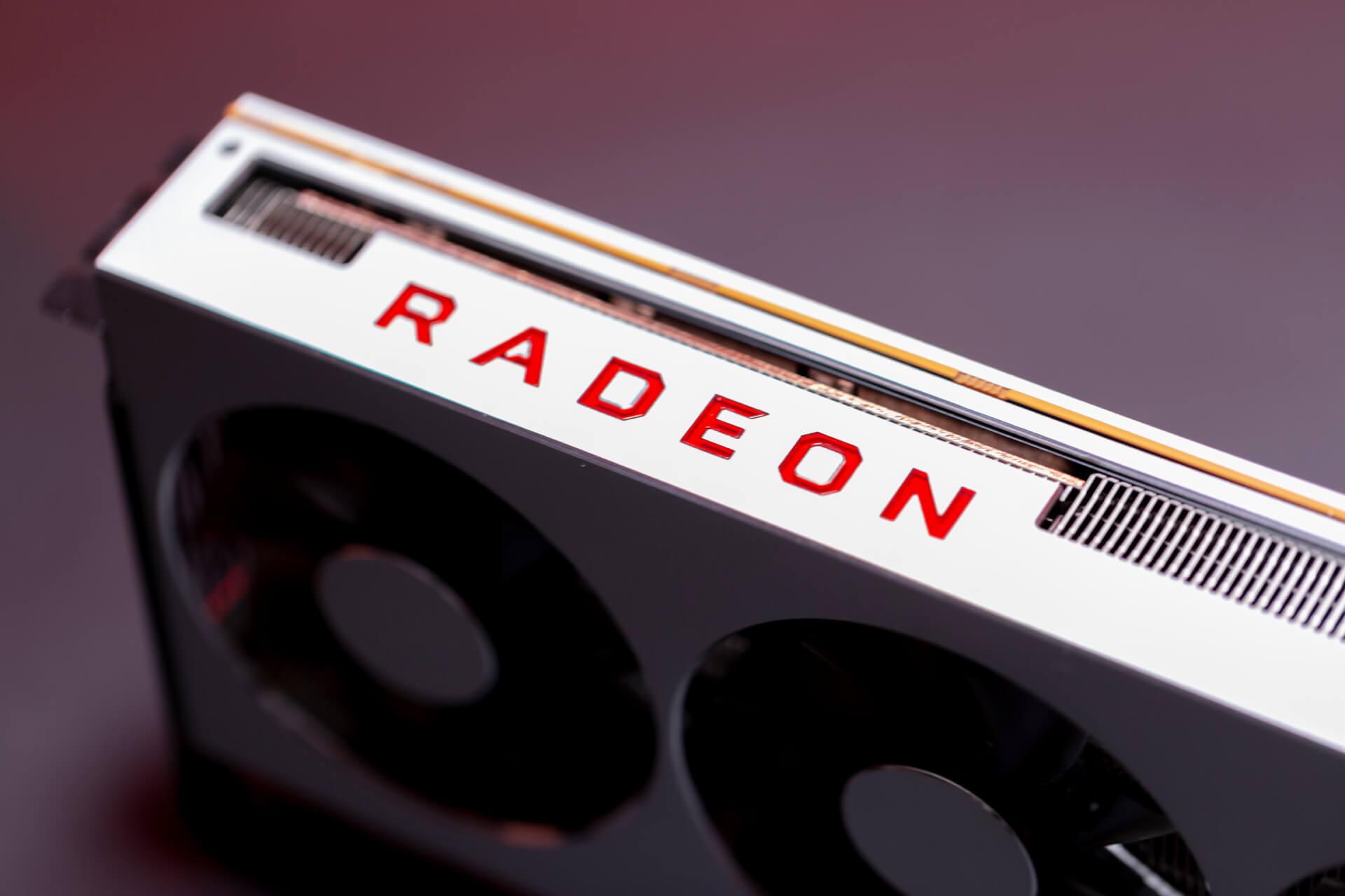 AMD Radeon VII (11)