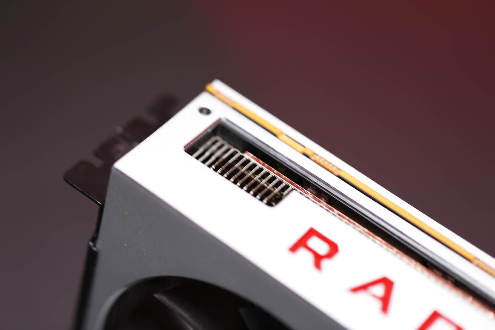 AMD Radeon VII (27)