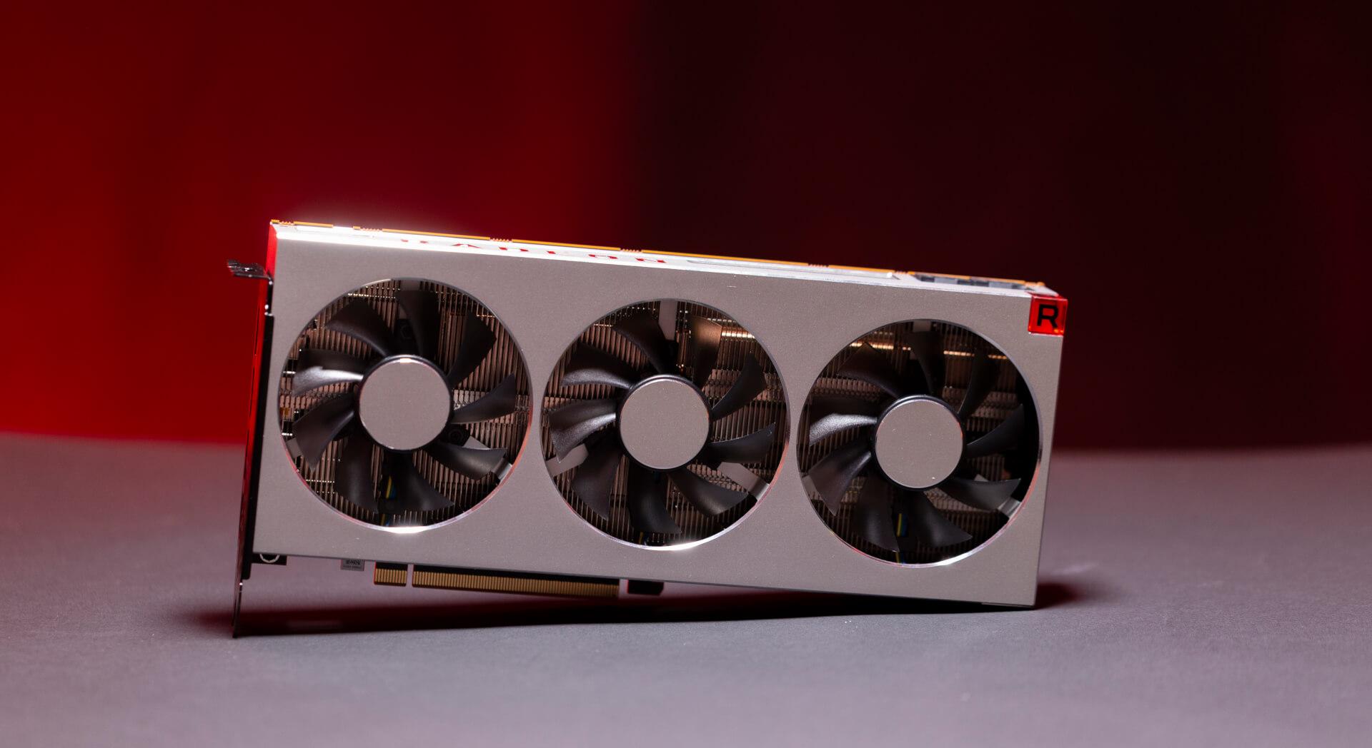 AMD Radeon VII (9)
