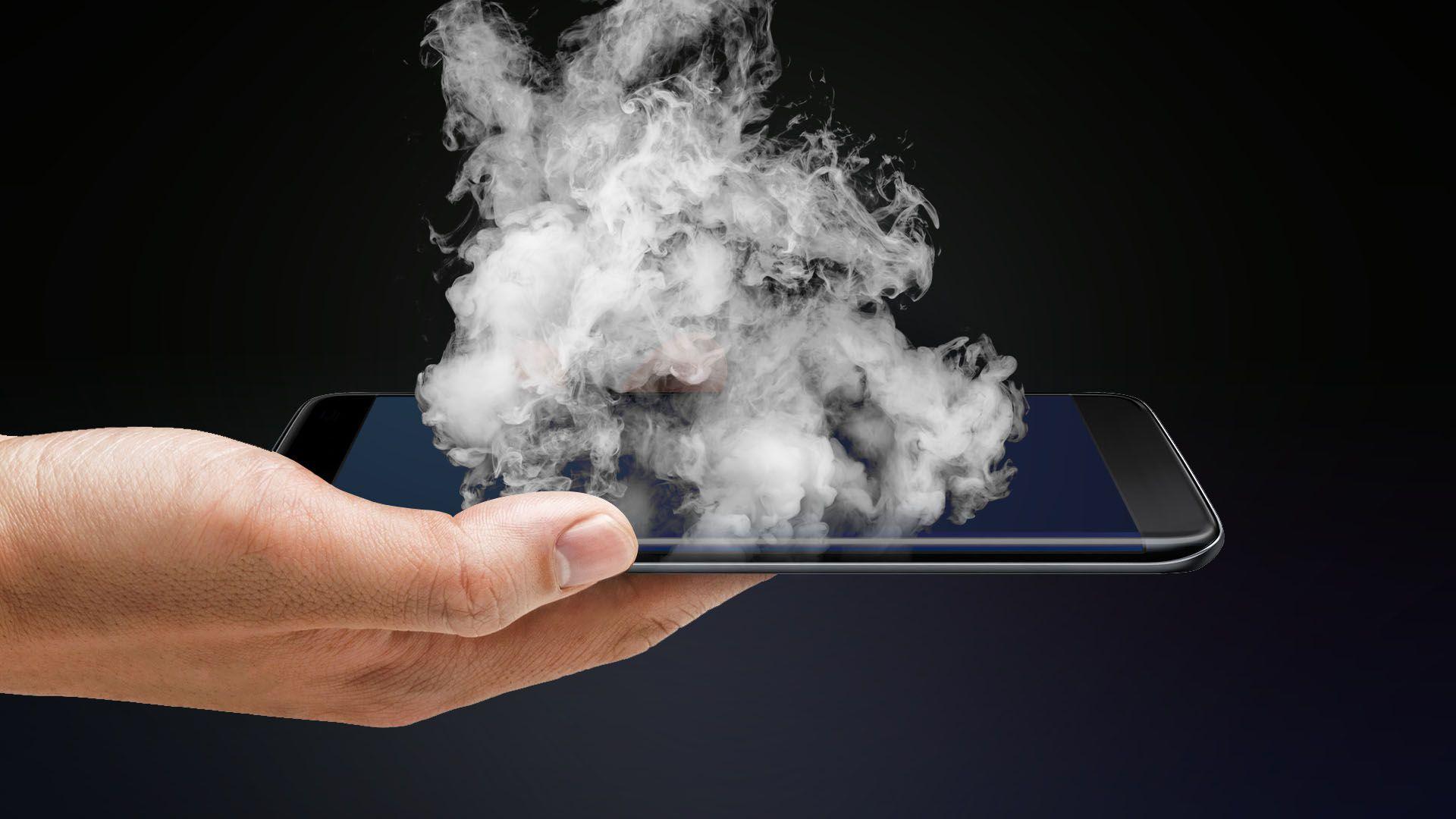 انفجار هاتف iPhone 6 بين يدي طفلة في كاليفورنيا