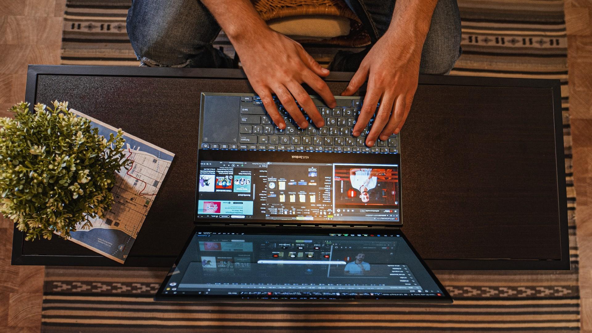 ASUS ZenBook Pro Duo - AHW (10)