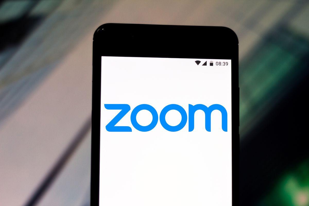 صورة تطبيق اجتماعات الفيديو زوم Zoom اعترف بأنه لا يمتلك 300 مليون مستخدم