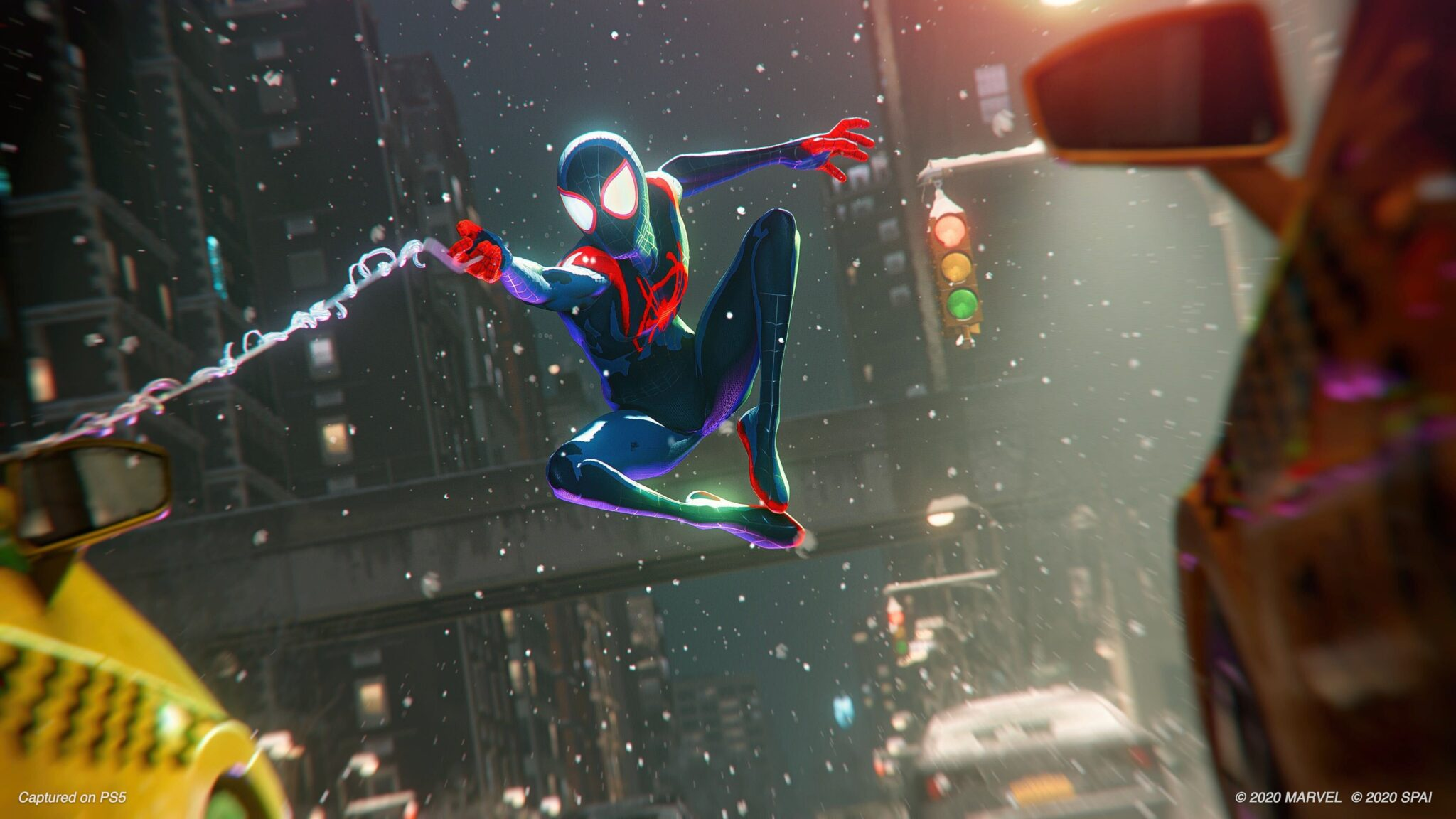 Spiderman Miles Morales PS5 سوني Into The Spider-Verse