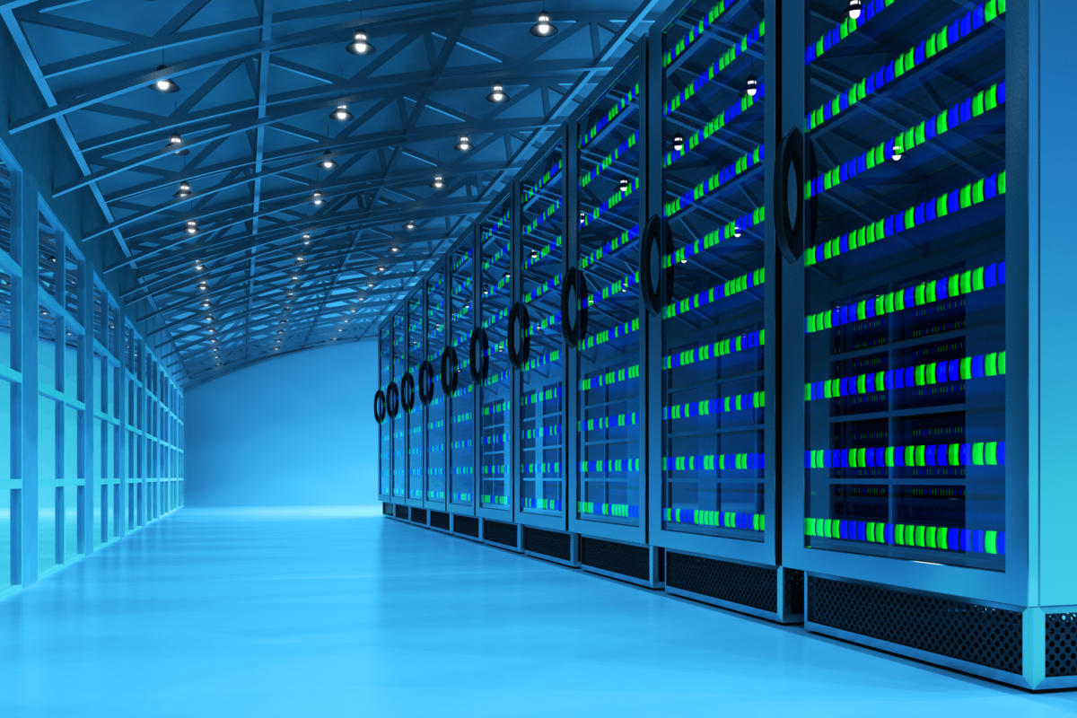 ما هي مراكز البيانات Data Centers