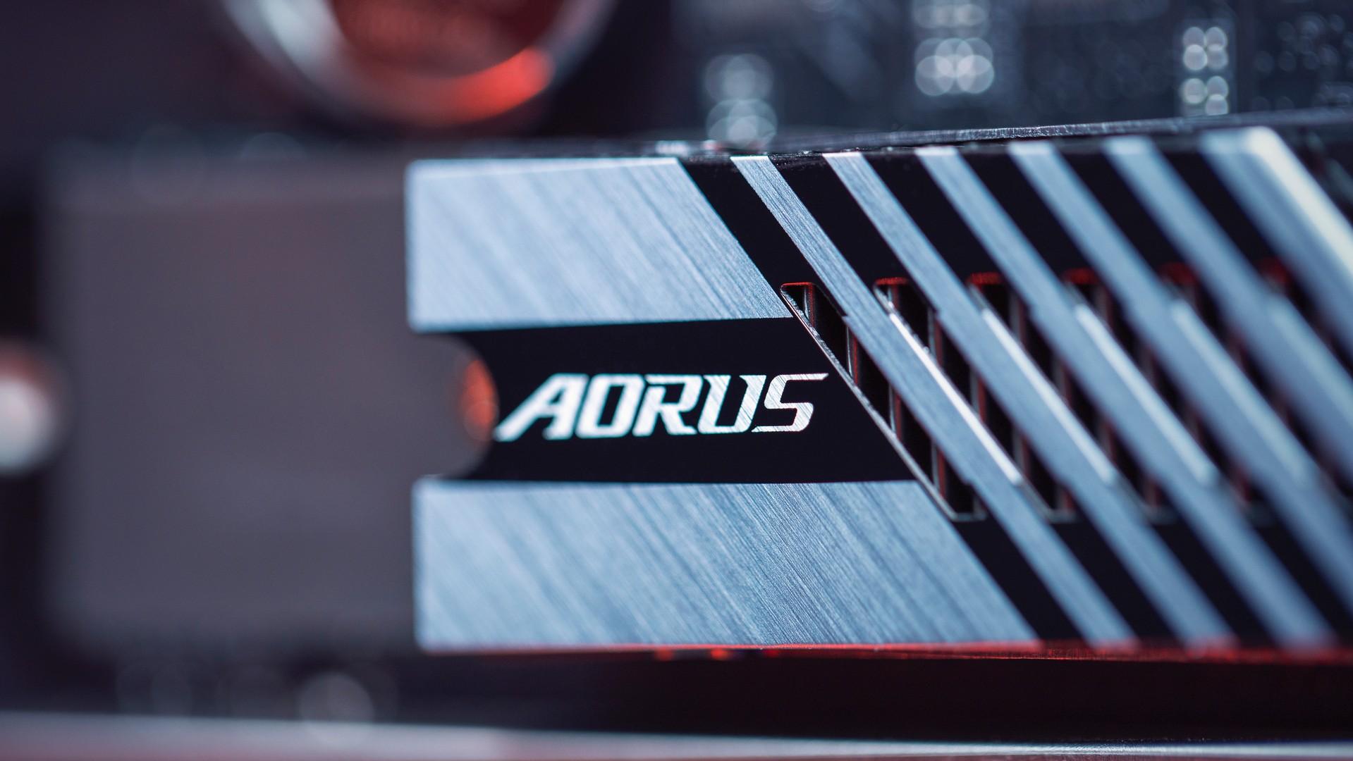 وحدة Gigabyte Aorus 7000S SSD 4