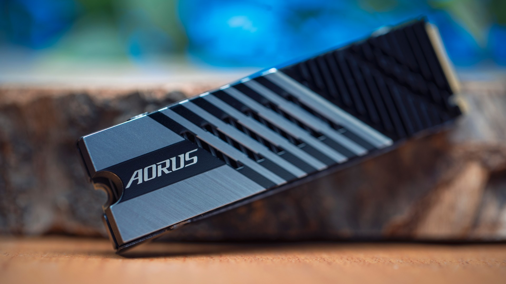 وحدة Gigabyte Aorus 7000S SSD 6