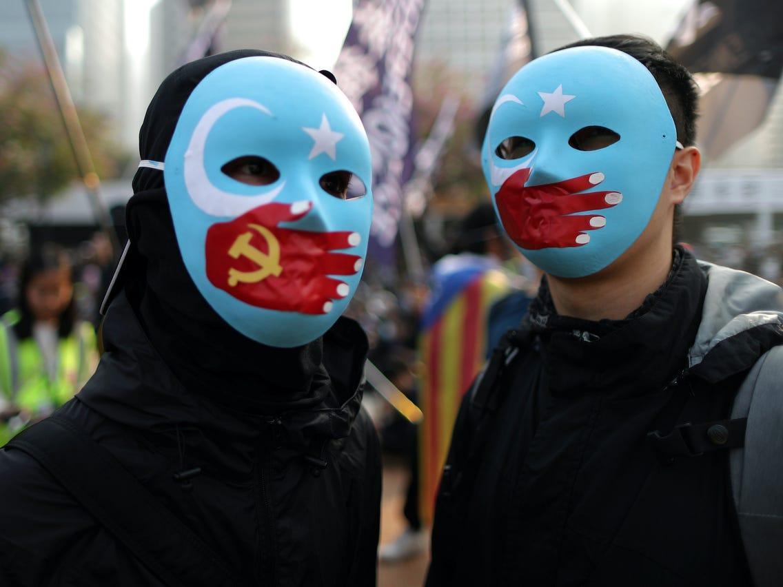 أبل - مسلمي الأويغور
