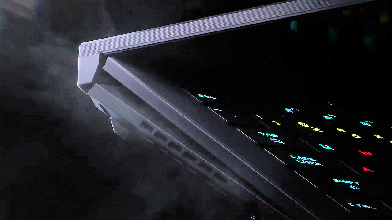 ASUS RPG Zephyrus S17