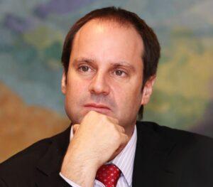 Jeffery Skoll أول رئيس تنفيذي لشركة eBay